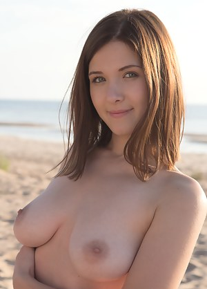 Nude Teen Beauty Porn Pictures