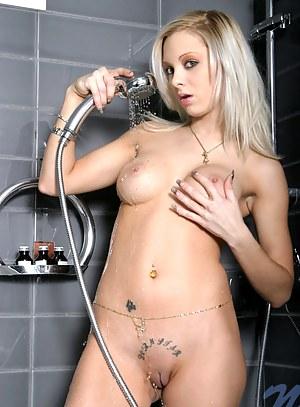 Nude Wet Teen Porn Pictures